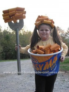 xcoolest-macaroni-and-cheese-costume-21297027.jpg.pagespeed.ic.5Fb_i41Y1C
